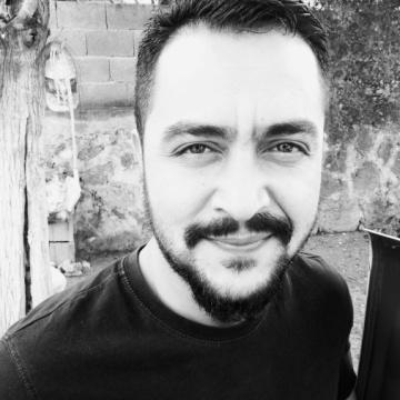 Ahmet Çetin, 34, Adana, Turkey