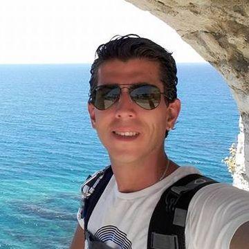 Rodrigo Brauer, 32, Vienna, Austria