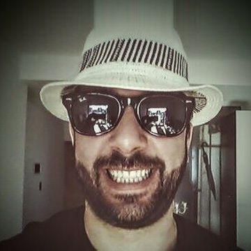Luis Maggio, 41, La Plata, Argentina