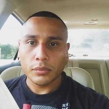 Marlon , 31, Gretna, United States