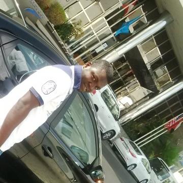 emmanuel, 30, Abuja, Nigeria