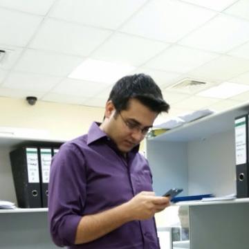 Jalal, 33, Dubai, United Arab Emirates
