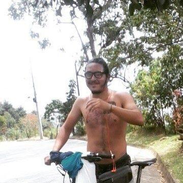 Adán Rios, 33, Medellin, Colombia