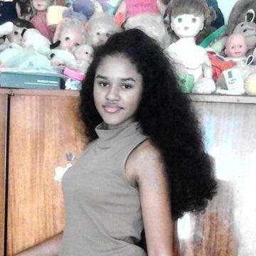 flora, 24, Douala, Cameroon