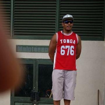 john wales sau, 30, Nukualofa, Tonga
