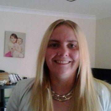 Nicole, 31, Cairo, Egypt