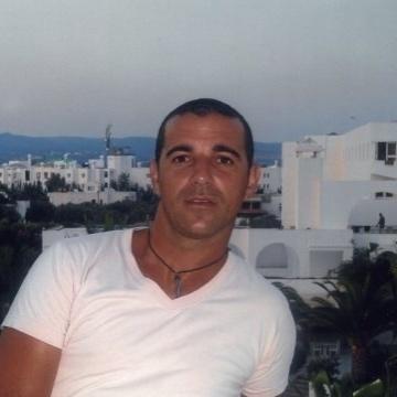 Joao Fernandes, 41, Porto, Portugal