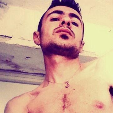 Aldo Calone, 31, Napoli, Italy