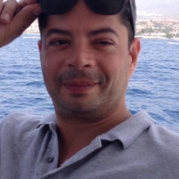 Esteban, 42, Paris, France