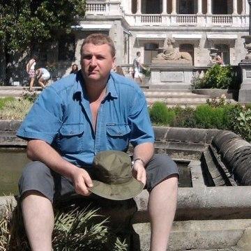 Vavan Pontiakos, 47,