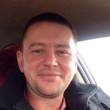 Олег, 38, Izhevsk, Russia
