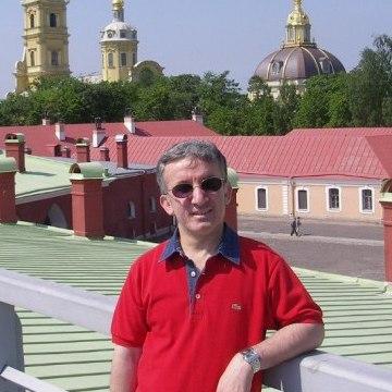 Erol Altaş, 48, Istanbul, Turkey