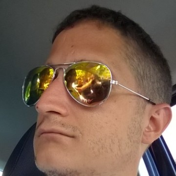 lorenzo, 34, Oakham, United Kingdom