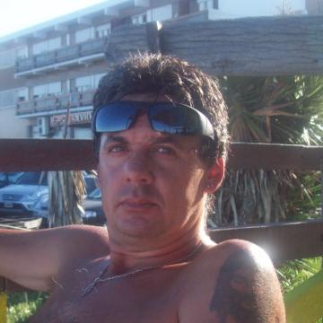 Alejandro Burgos, 47, Buenos Aires, Argentina
