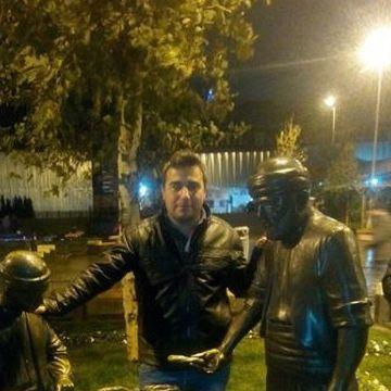erdal, 29, Istanbul, Turkey