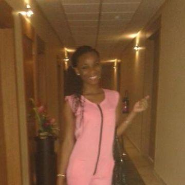 Roxane, 23, Abidjan, Cote D'Ivoire