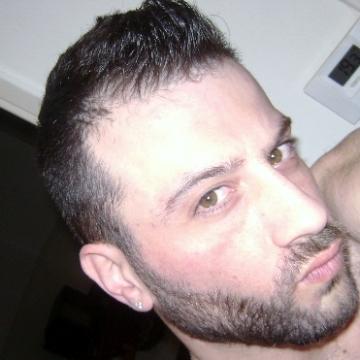 manos, 34, Thessaloniki, Greece