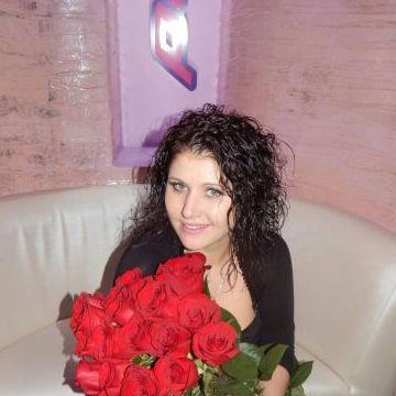 Оля, 24, Nikolaev, Ukraine