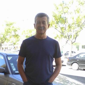 Dennis Silva, 62, Faro, Portugal