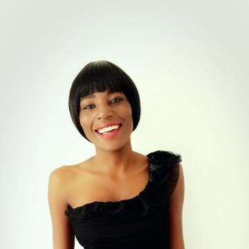 mubonde, 20, Lusaka, Zambia