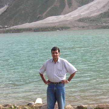 Arif, 42, Islamabad, Pakistan