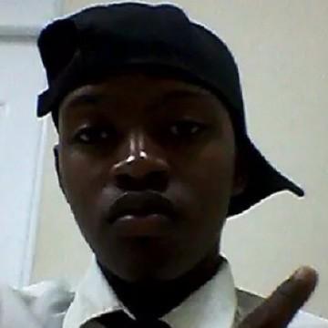 Michael, 20, Santo Domingo, Dominican Republic