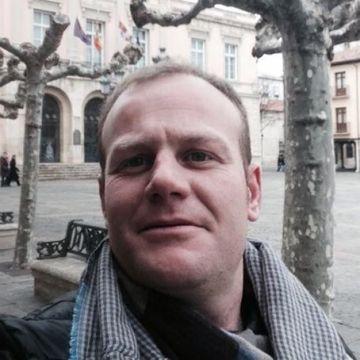Sariero, 35, Burgos, Spain