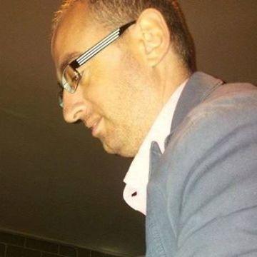 Roberto Sabatino, 36, Nocera Inferiore, Italy