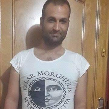 Halil Yılmaz, 34, Istanbul, Turkey
