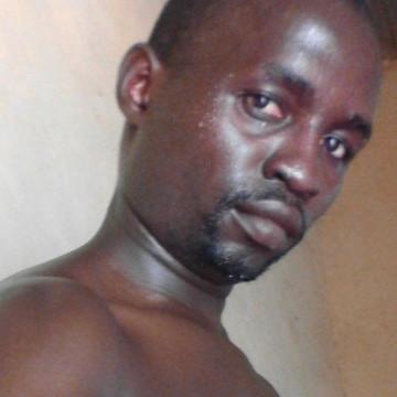 Mutuma, 29, Nairobi, Kenya