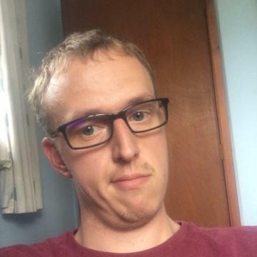Mike Vayle, 22, Birmingham, United Kingdom