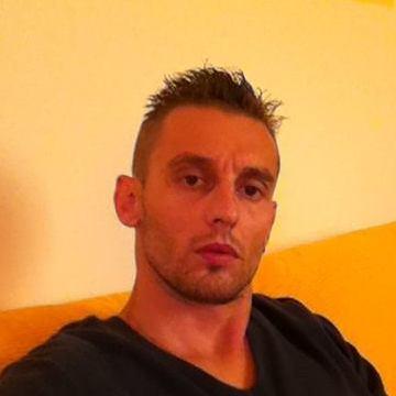 Oliver, 38, Chieti, Italy