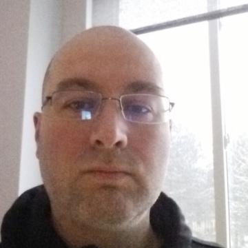 Yan, 36, Quebec, Canada
