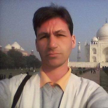 Alexander Smirnov, 39, Moscow, Russia