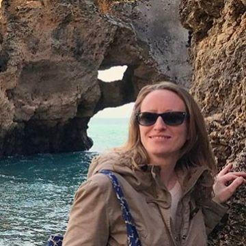Julie Naudet, 32, Paris, France