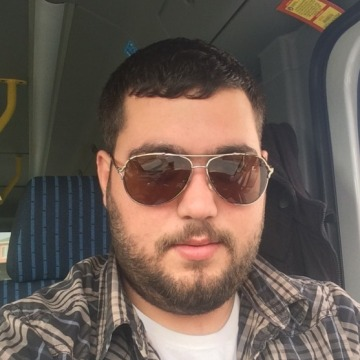 Onur, 25, Istanbul, Turkey