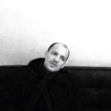 Yonas , 41, Vichy, France