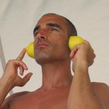 Stefano, 42, Genova, Italy