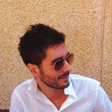 Victor, 30, Zaragoza, Spain