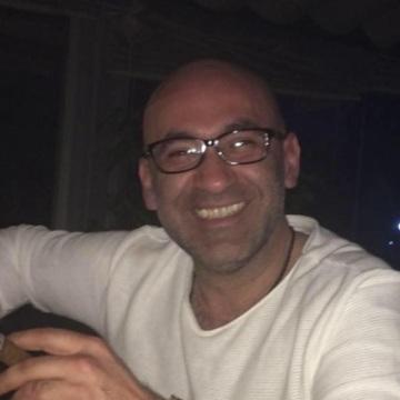 Serkan, 39, Istanbul, Turkey