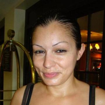 Mary, 34, Providence, United States