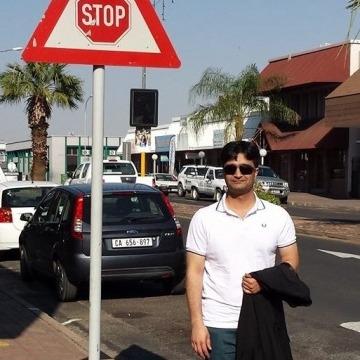 Nabeel, 36, Dammam, Saudi Arabia
