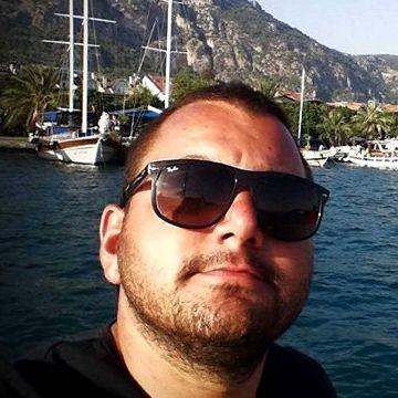 Serkan Yıldırım, 31, Istanbul, Turkey