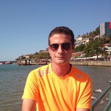Semih Durmuş, 33, Zonguldak, Turkey