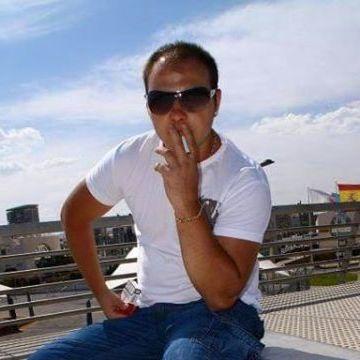 Paul Foita, 33, Madrid, Spain