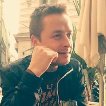 Boyan, 39, Barcelona, Spain