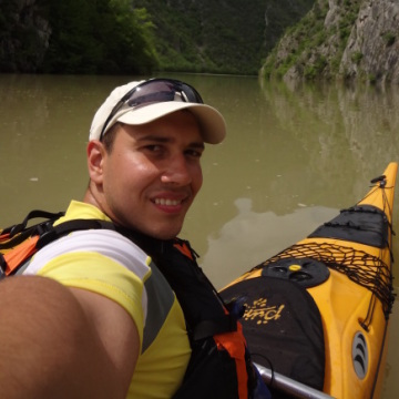 Adrian Stoyanov, 30, Rousse, Bulgaria