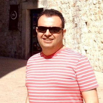 Berk, 37, Istanbul, Turkey