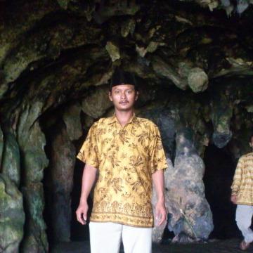 jaya dewaniskala, 44, Indramayu, Indonesia