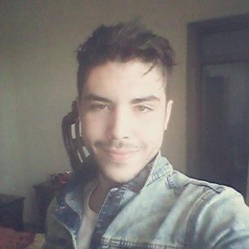 Adib, 21, Lille, France
